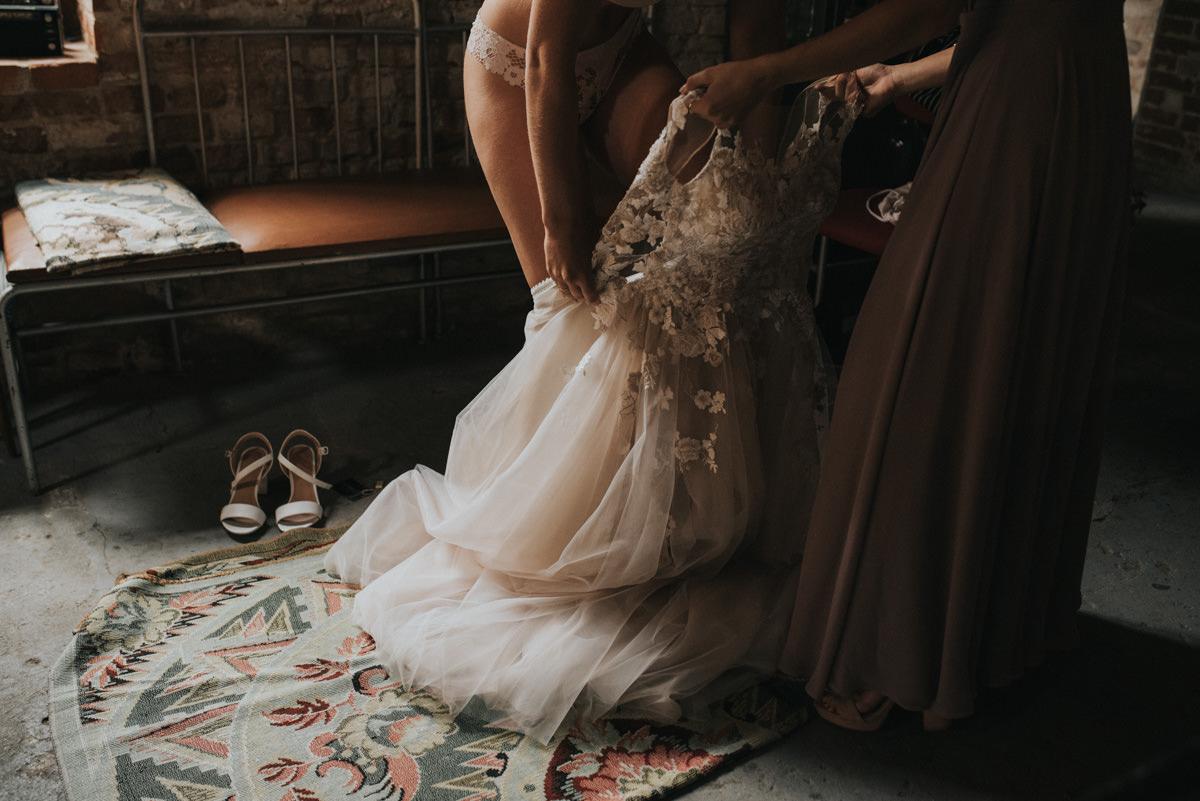 Ślub w stodole Osada Młyńska